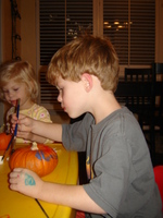Painting_pumpkins_1